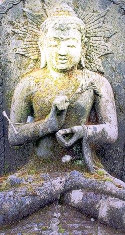 Buddhafigur alt